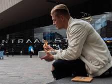 Nooit meer zonder warm eten: Rotterdammers bedenken lunchbox die maaltijden stoomt