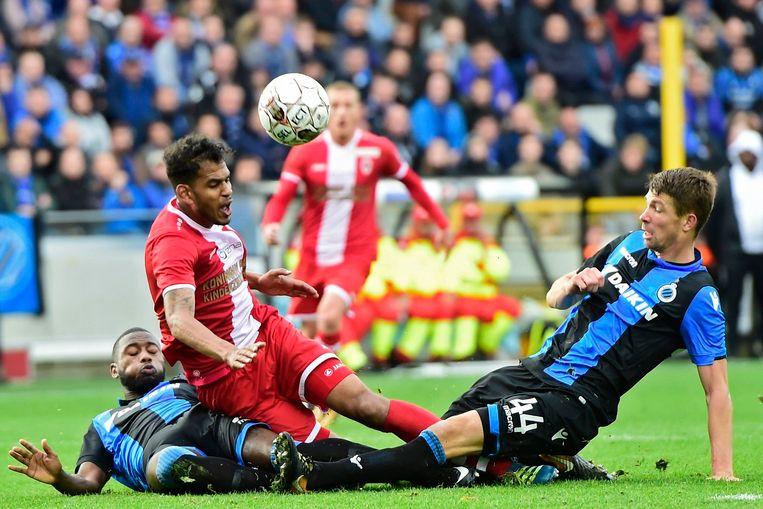 In Jan Breydel vochten Club Brugge en Antwerp een stevig duel uit. Blauwzwart haalde het toen met 1-0.