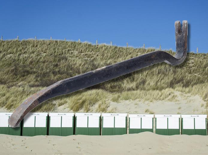 Strandhuisjes op het strand van Zoutelande.