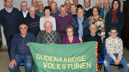 Laureaten van jaarlijkse tuinprijskamp gehuldigd bij Oudenaardse Volkstuinen