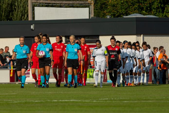 De opkomst van FC Twente en Alashkert.