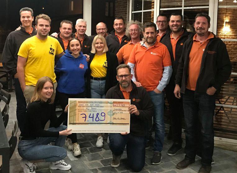 Het mosselfestijn dat KLJ Vlezenbeek samen met de Landelijke Gilde organiseerde heeft een pak geld opgebracht voor de inrichting van de nieuwe lokalen.