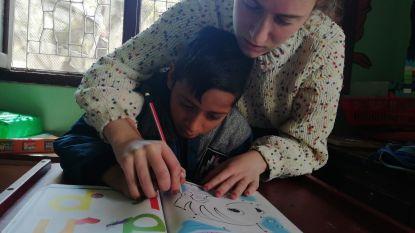 21-jarige Niki Willaert begeleidt voor stage andersvalide kinderen in Nepal