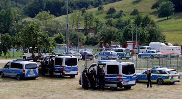 Meer dan 1.500 manschappen zijn op zoek naar Rausch