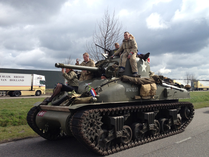 Een gerestaureerde Sherman tank.