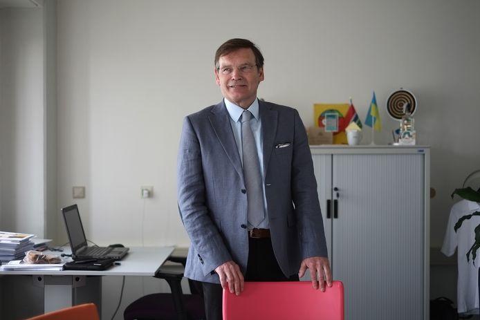 Henri Janssen bij zijn vertrek bij het SKB in Winterswijk in december 2014. Archieffoto: Jan Ruland van den Brink