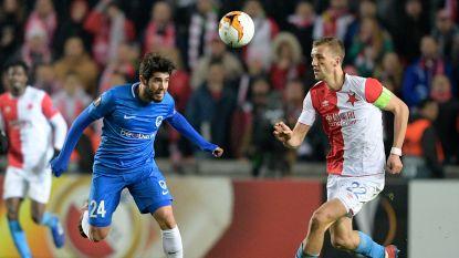 LIVE. Aftrap is gegeven! Wat doet Genk mét Pozuelo tegen Slavia Praag?