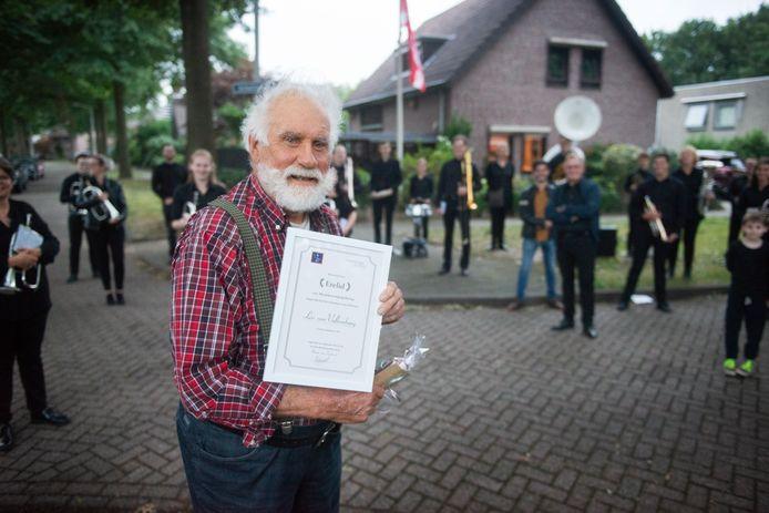 Eerder deze maand: Leo van Valkenburg verrast door Muziekvereniging Hartog  vanwege zijn 70-jarig lidmaatschap.