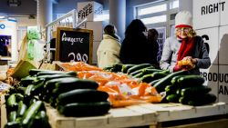 Amsterdamse supermarkt heeft eerste plasticvrije afdeling ter wereld