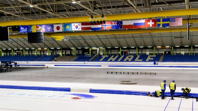 Het schaatsstadion Thialf in Heerenveen Beeld anp