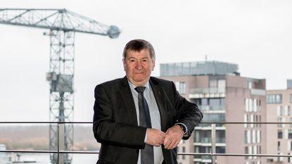 Burgemeester De Ryck neemt nog één keer handschoen op