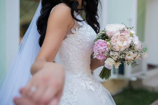 Nederlander Henk trouwde met zijn Filipijnse liefde Yumi in Denemarken.