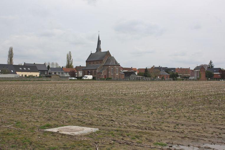 Op dit stuk grond in het centrum van Munkzwalm wil huize Roborst een nieuw woonzorgcentrum optrekken.
