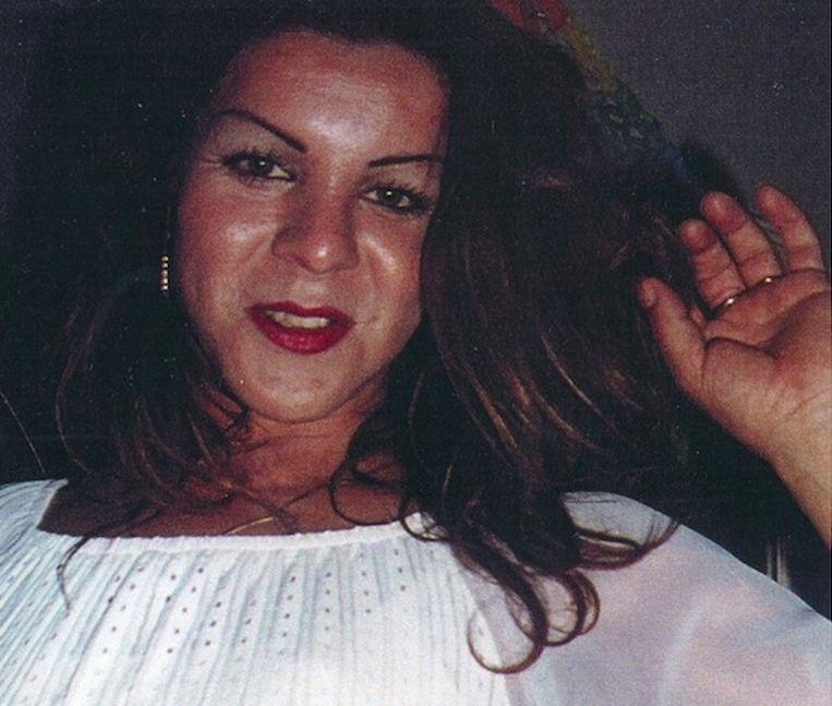 De 34-jarige Ecuadoraanse transgender Judy (echte naam: Fierro Pineda) werd 23 juni 2003 dood gevonden aan de Seineweg. Beeld Opsporing Verzocht