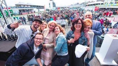 Cast en fans kijken samen naar 'Thuis'-finale op groot scherm