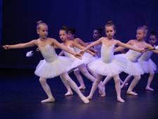 Klassieke dansafdeling Phoenix Cultuur betovert in Schijndel