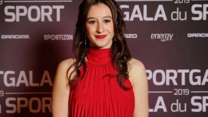 """Onze turnjournaliste over geboren winnaar en 'Duracellkonijn' Nina Derwael: """"Ze blééf maar gaan"""""""