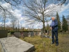 Zoon eist monument terug op graf van verzetsheld die in Elspeet ligt begraven