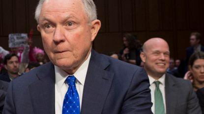 """Democraten bezorgd na ontslag Sessions: """"Boycotten Ruslandonderzoek kan constitutionele crisis veroorzaken"""""""