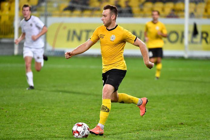 """Preben De Man speelde elke officiële minuut bij Lokeren - Temse, maar heeft zijn plaats naar eigen zeggen niet veroverd: """"De concurrentie in onze kern enorm groot."""""""