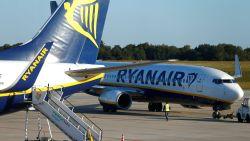 Ryanair overweegt routes te schrappen en minder personeel aan te werven