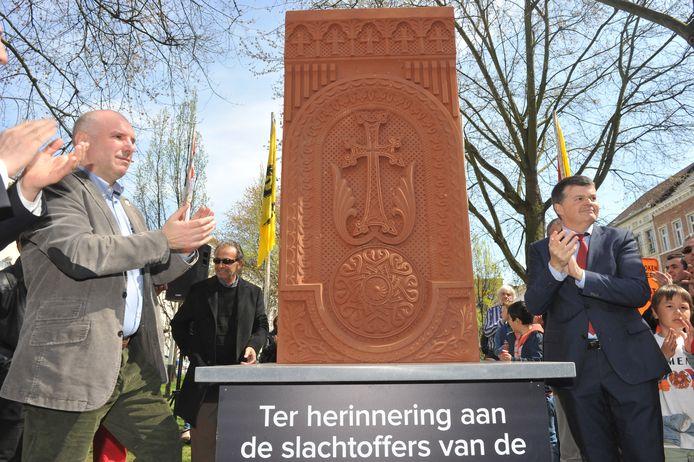 Mechelen onthulde in 2015 een monument ter nagedachtenis van de slachtoffers van de Armeense genocide. Met Marc Hendrickx en Bart Somers.