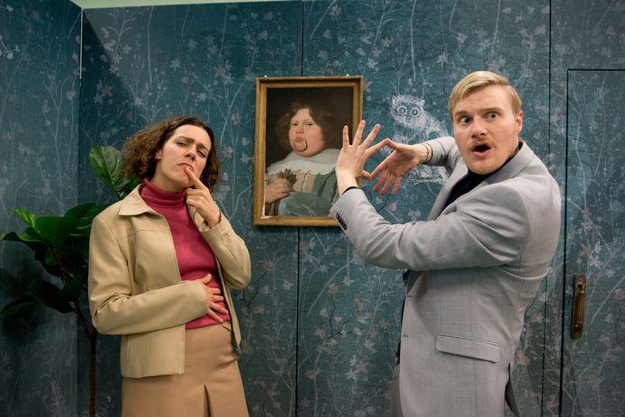 Theaterduo Floyd Koster (links) en Henk Tuinstra maken de absurdistische jeugdvoorstelling RAAR 1.5.