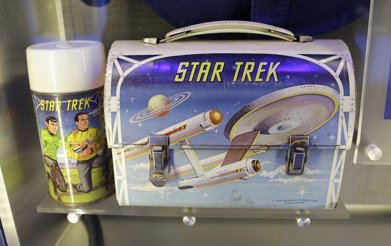 Een lunchbox uit de kinderjaren van astronaut Michael Anderson.