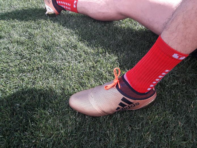 De schoen van Ismail Azzaoui.