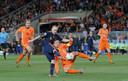 Hét moment van de WK-finale voor Rafael van der Vaart: nét te laat bij de goal van Andrés Iniesta.