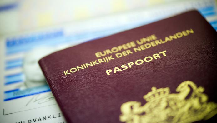 Het bezorgen van reisdocumenten aan huis door een gespecialiseerd bedrijf krijgt geen handen op elkaar in Rijssen-Holten