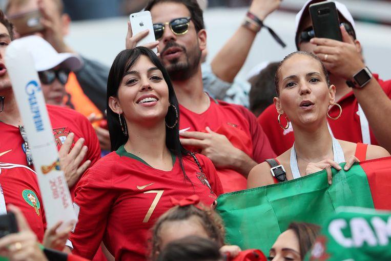 Georgina Rodriguez kwam manlief Cristiano Ronaldo aanmoedigen.
