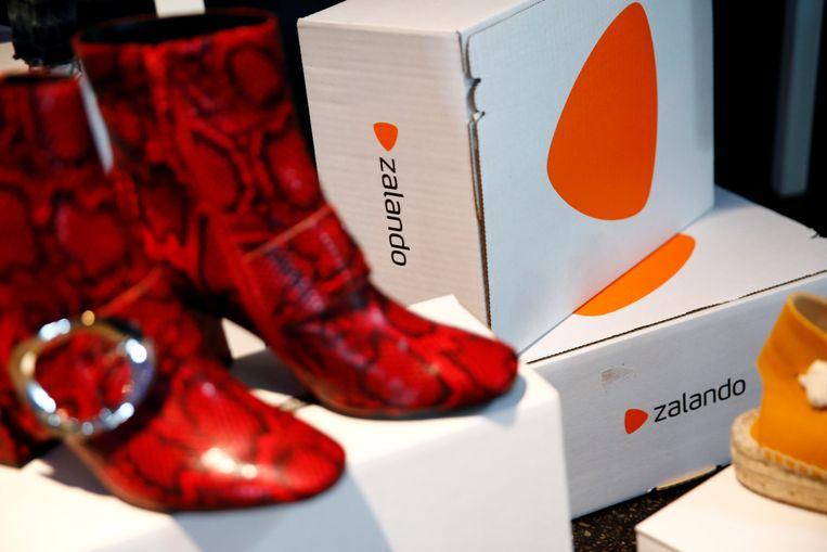 Producten van Zalando. De webwinkel zegt de helft van alle bestelde kleding retour te krijgen. Beeld Reuters