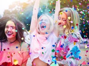 Trois looks à adopter en festival cet été