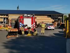 Werknemer komt vast te zitten in freesmachine houtbedrijf in Ede