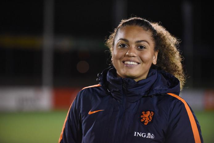 06-04-2017: Voetbal: Vrouwen onder 19 Nederland v Slovenie: Putten Jacintha Weimar (GK)
