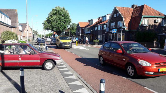 Verkeersdrukte op de Noordewierweg in Amersfoort