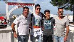 Kevin De Bruyne geniet van titel Manchester City in bekende beachbar Knokke