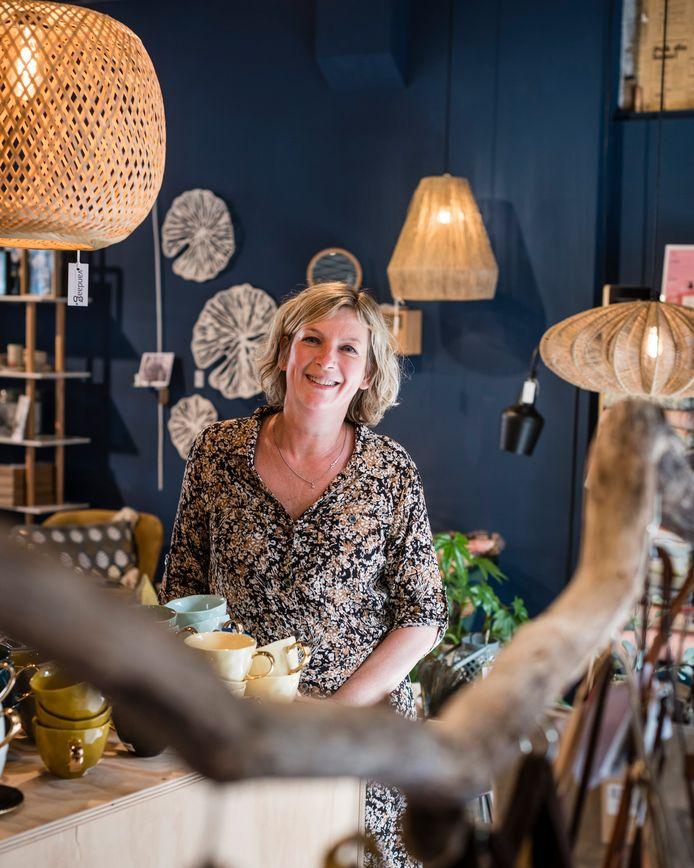 """Jeannette Veneklaas, eigenaresse van Vandaag Conceptstore vertelt over ondernemen in coronatijden: """"Hengelo kan hier sterker uitkomen."""""""
