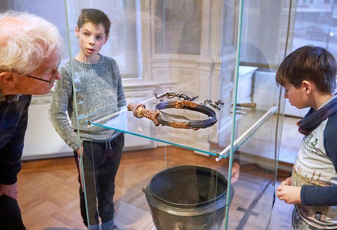 Het bewuste zwaard was begin dit jaar even in Oss en werd toen tentoongesteld in Museum Jan Cunen.