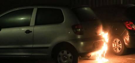 Onstuimig nachtje in Helmond: twee branden in één uur, politie onderzoekt verband
