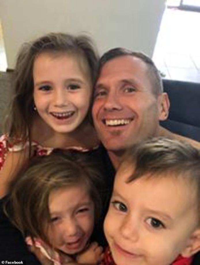 Rowan Baxter en zijn kinderen