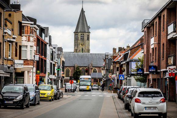 Op sommige plaatsen in Oostkamp zal nog maximaal een halfuur mogen geparkeerd worden.