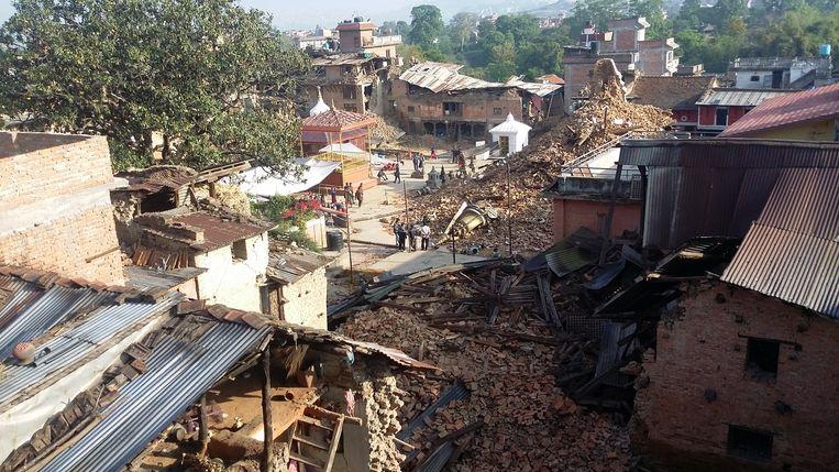 Verwoesting in het dorp Bungamati, ten zuiden van Kathmandu. Beeld Lex Kassenberg