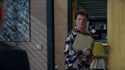 Brigitte reageert verrassend op de zwangerschap van Veronique in 'Familie'