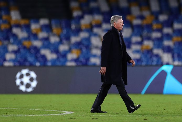 Le match contre Genk était le dernier de Carlo Ancelotti à la tête du Napoli.