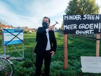 """""""Meer groen en minder steen"""": PVDA houdt alternatieve veiling voor gebied Kwade Velden, waar nu tot 47 woningen kunnen komen"""