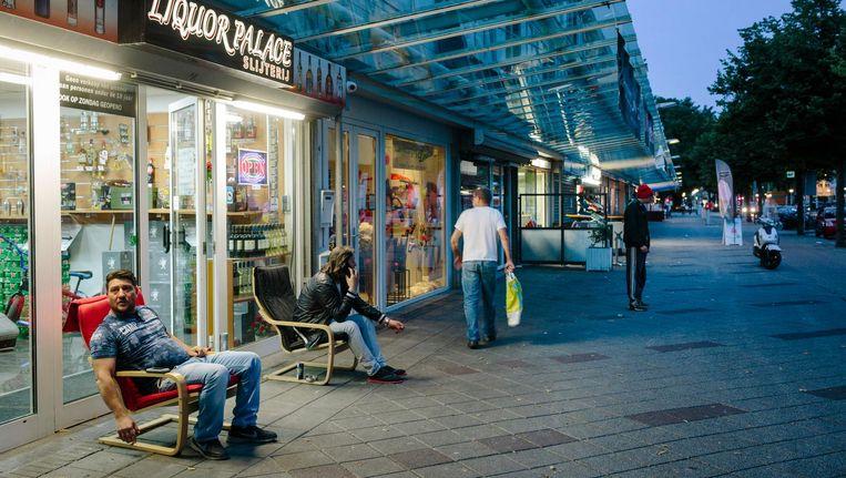 Winkels aan de Osdoper Ban in Nieuw-West Beeld Marc Driessen