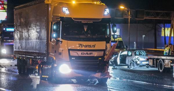 Lange files op A12 en omliggende wegen door ongeval bij Duiven.