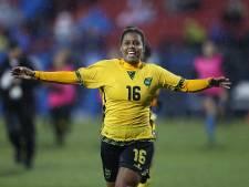 Usain Bolt feliciteert 'Reggae Girlz' met WK-primeur
